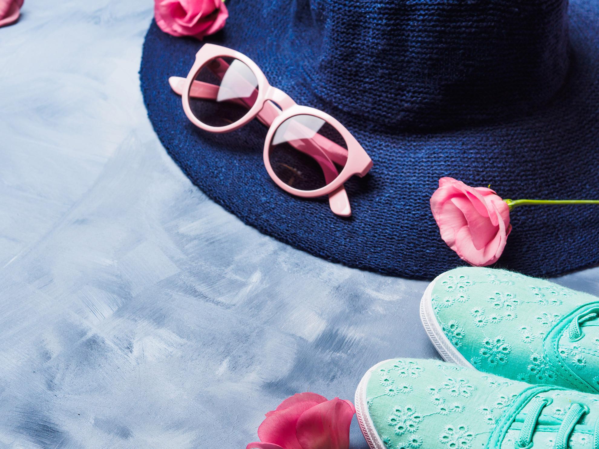 Ażurowe buty ze stylizacją